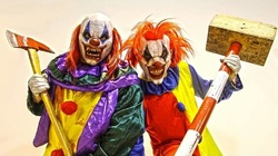 Killer Clown Scare Pranks